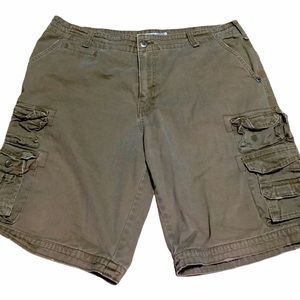 Plugg Men's Brown Cargo Shorts 38
